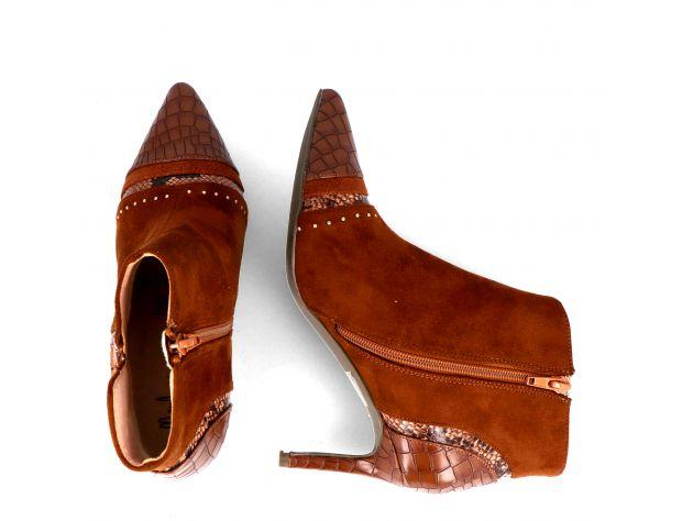 SORGONO 2 boots & booties Menbur