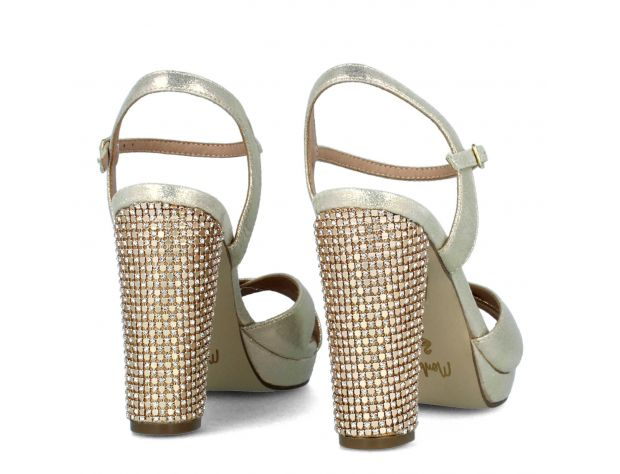 ANCHIANO high heels Menbur