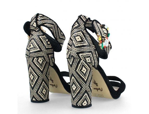 AROLA mid&low heel Menbur