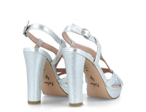 AVOLA shoes Menbur