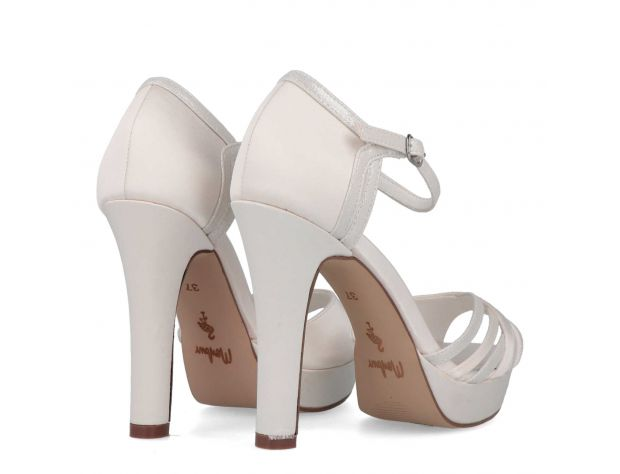 IZARNE bridal shoes Menbur