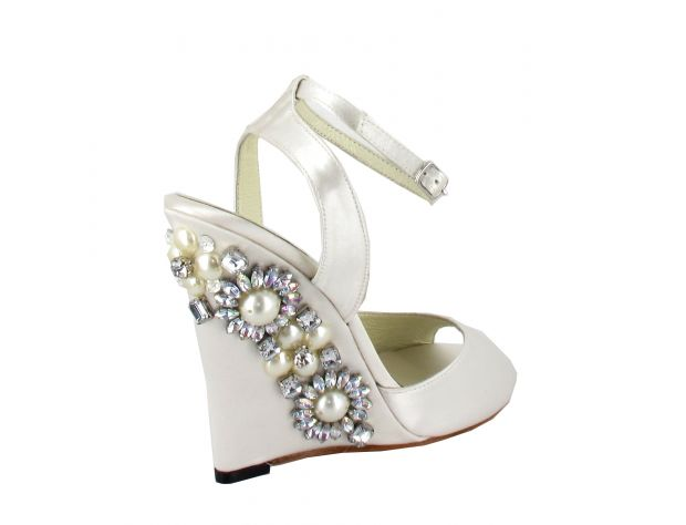 RUBI bridal shoes Menbur